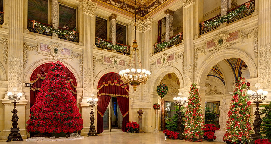 christmas at the newport mansions newport mansions